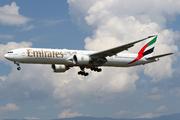 Boeing 777-31H/ER (A6-EPS)