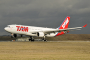 Airbus A330-223 (PT-MVR)