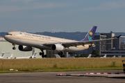 Airbus A330-343 (HZ-AQG)