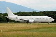 Boeing 737-46N (YR-BAE)