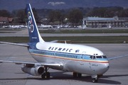 Boeing 737-284A (SX-BCA)