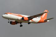 Airbus A320-214 (G-EZTC)