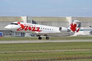Bombardier CRJ-200ER (C-GJZZ)
