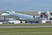 Bombardier CRJ-200LR (C-GKER)