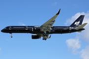 Boeing 757-2K2 (G-TCSX)