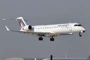 Canadair CL-600-2C10 Regional Jet CRJ-700 (F-GRZL)