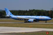 Airbus A330-243 (A6-EYE)