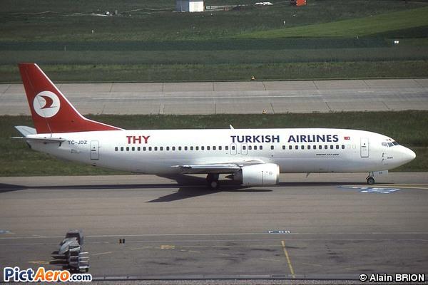 Boeing 737-4Y0 (Turkish Airlines)