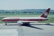 Boeing 767-233/ER (C-GDSY)