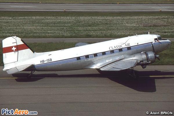 Douglas C-47DL DC3 (Classic Air)