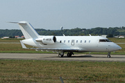 Canadair CL-600-2B16 Challenger 605 (M-ABGS)