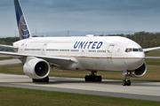 Boeing 777-222/ER (N796UA)