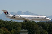 Bombardier CRJ-200LR (RA-67230)