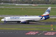Boeing 737-86N (TC-SNL)