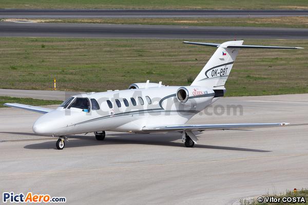 Cessna 525A CitationJet CJ2+ (Queen Air)