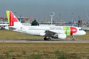 Airbus A319-111 (CS-TTA)