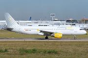 Airbus A320-214 (EC-LAA)