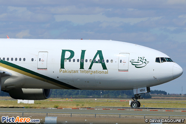 Boeing 777-2Q8/ER (Pakistan International Airlines (PIA))