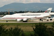 Boeing 747-422 (A6-MMM)
