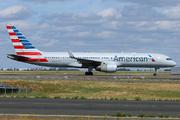Boeing 757-223 (N189AN)