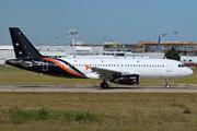 Airbus A320-233 (G-POWK)
