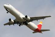 Airbus A321-211 (EC-JNI)
