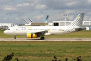 Airbus A320-232 (EC-LRY)