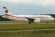 Airbus A320-232 (F-OMRN)