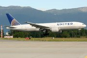 Boeing 777-224/ER (N78002)