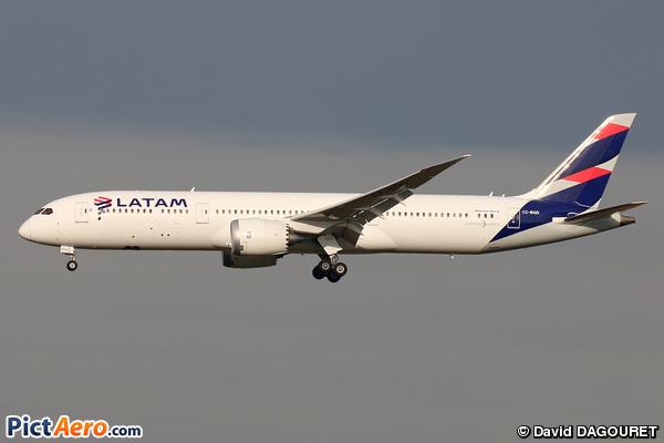 Boeing 787-9 Dreamliner (LATAM Airlines Chile)