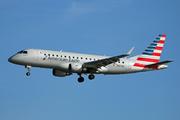 Embraer ERJ-175LR (N127HQ)