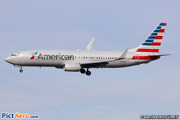 Boeing 737-823/WL (American Airlines)