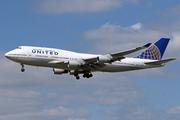 Boeing 747-422 (N107UA)