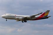 Boeing 747-48EF/SCD (HL7420)