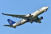 Airbus A330-223 (B-6528)
