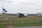 Boeing 777-367/ER (B-KQW)