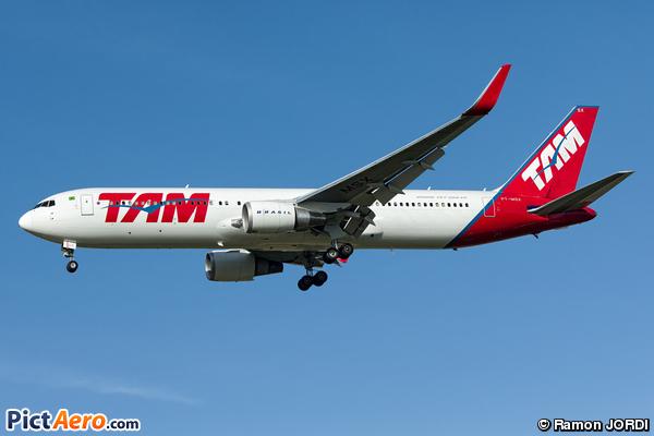 Boeing 767-316/ER (TAM Linhas Aéreas)