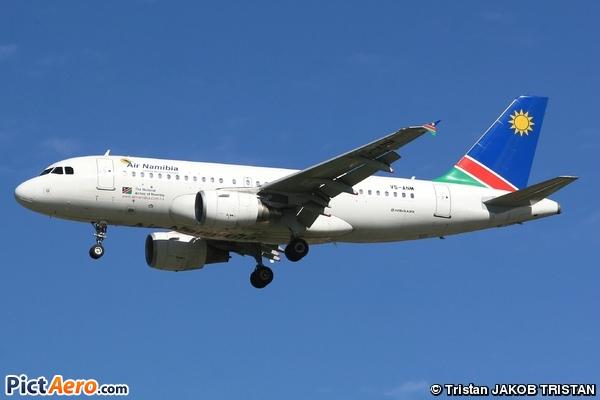 Airbus A319-112 (Air Namibia)