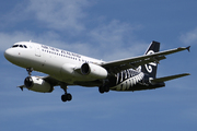 Airbus A320-232 (ZK-OJI)