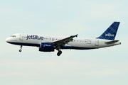 Airbus A320-232 (N566JB)