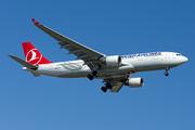 Airbus A330-223 (TC-LNA)