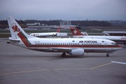 Boeing 737-382 (CS-TIE)