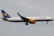Boeing 757-256 (TF-FIY)