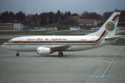 Boeing 737-566