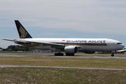 Boeing 777-212/ER (9V-SVG)