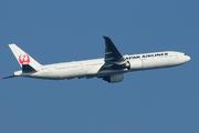 Boeing 777-346/ER (JA736J)
