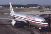 Boeing 767-223 (N315AA)