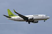 Boeing 737-36Q (YL-BBX)