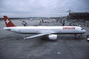 Airbus A321-111 (HB-IOC)