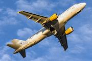Airbus A320-216 (EC-KHN)